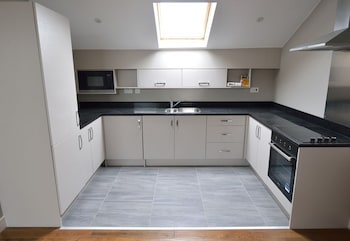 Kelham Chapel Apartments - In-Room Kitchen  - #0