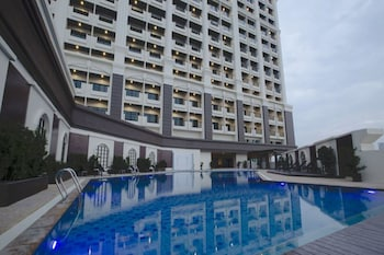 Grand Palazzo Hotel - Outdoor Pool  - #0