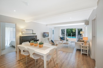 Greenwich Garden Apartment - Dining  - #0