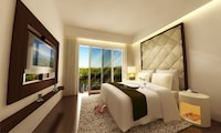 Suite, 2 Bedrooms, Jetted Tub, Garden View