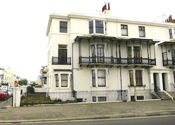 Photo for Brighton Getaways-Beach View in Hove