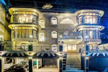 特雷布湖濱旅館