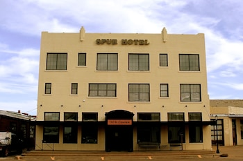 Spur Hotel in Archer City, Texas