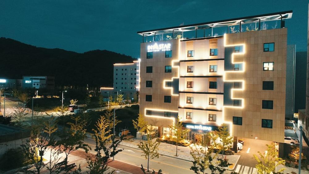 Instar Hotel
