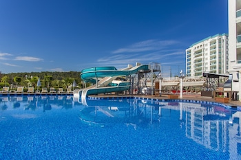 Photo for Modern Saraylar - All Inclusive in Alanya