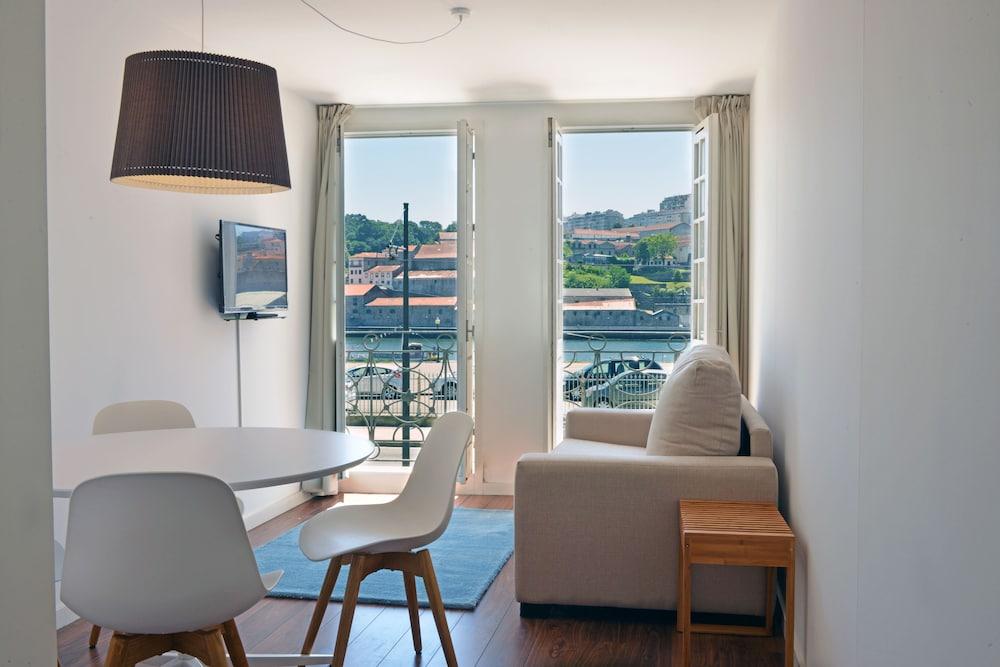 Spot Apartments Ribeira II