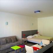 普提朱亞斯開放式公寓飯店