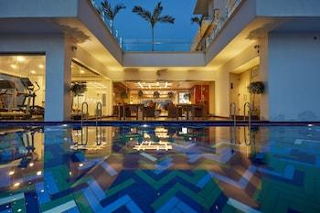 曼達利納科隆波飯店