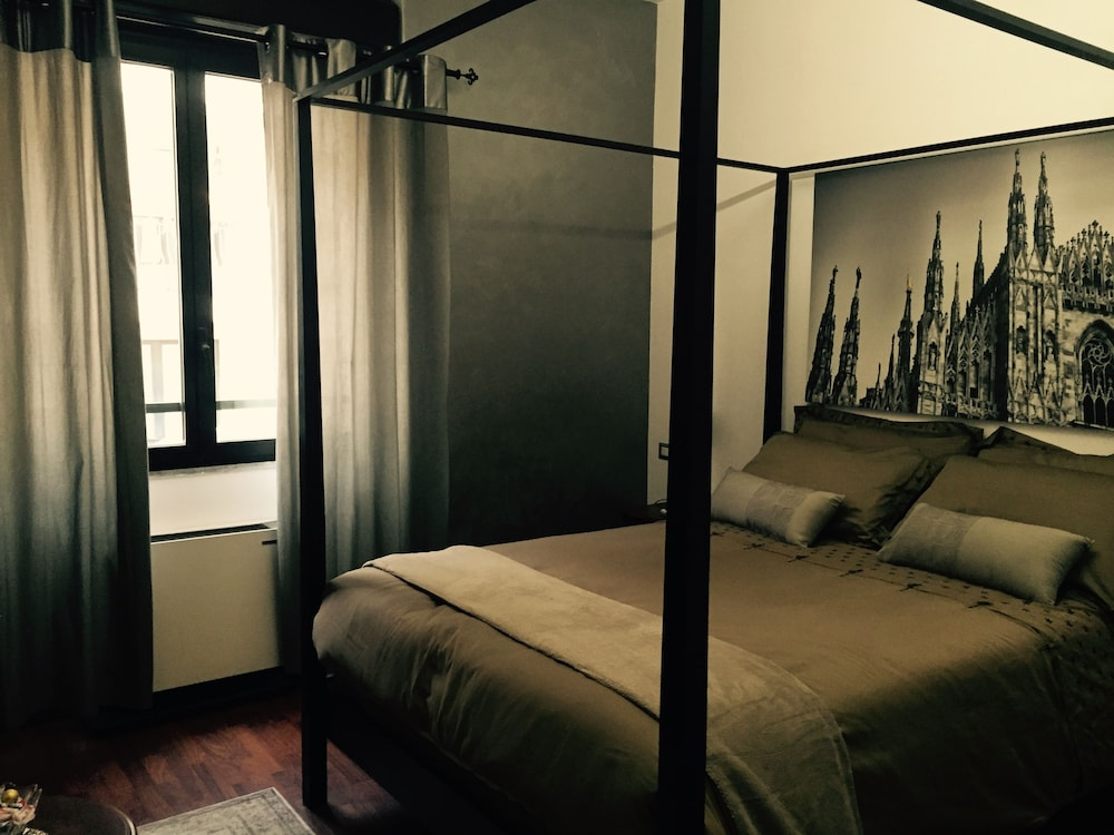 Atmos Luxe Navigli Hostel & Rooms