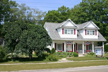 Photo for Arcadia House Bed & Breakfast in Arcadia, Michigan