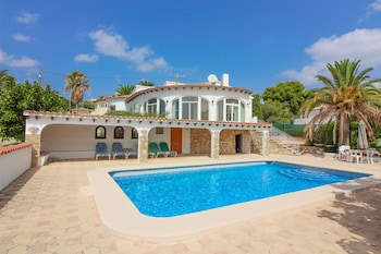Photo for Villa Ortembach 24 - Plaza Mayor in Calpe