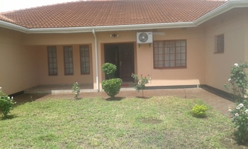 Den View Guest House in Francistown