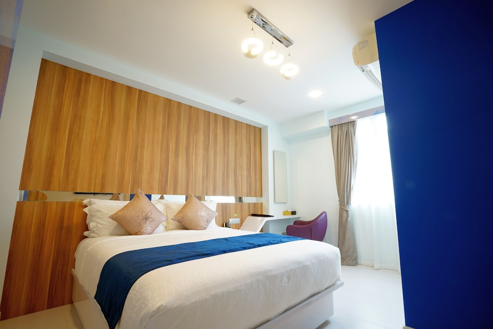 five6 Hotel Splendour