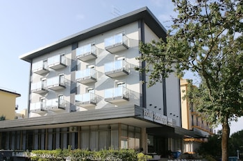 多明哥飯店