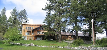 Whitebird Summit Lodge in Grangeville, Idaho