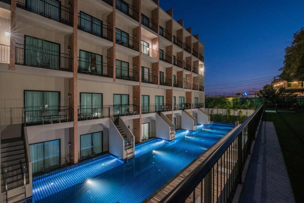 Sugar Marina Resort - Cliff Hanger Aonang