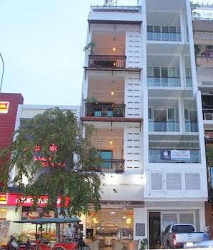 Gallops Riverside Hotel in Phnom Penh