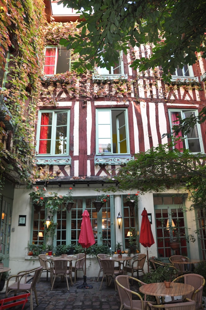 Hôtel Le Vieux Carré