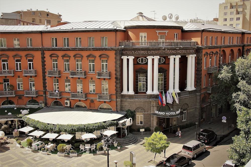Grand Hotel Yerevan Yerevan 6 6 3 8 Hotel Price Address Reviews