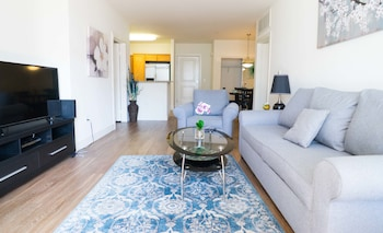 Glendon Apartments