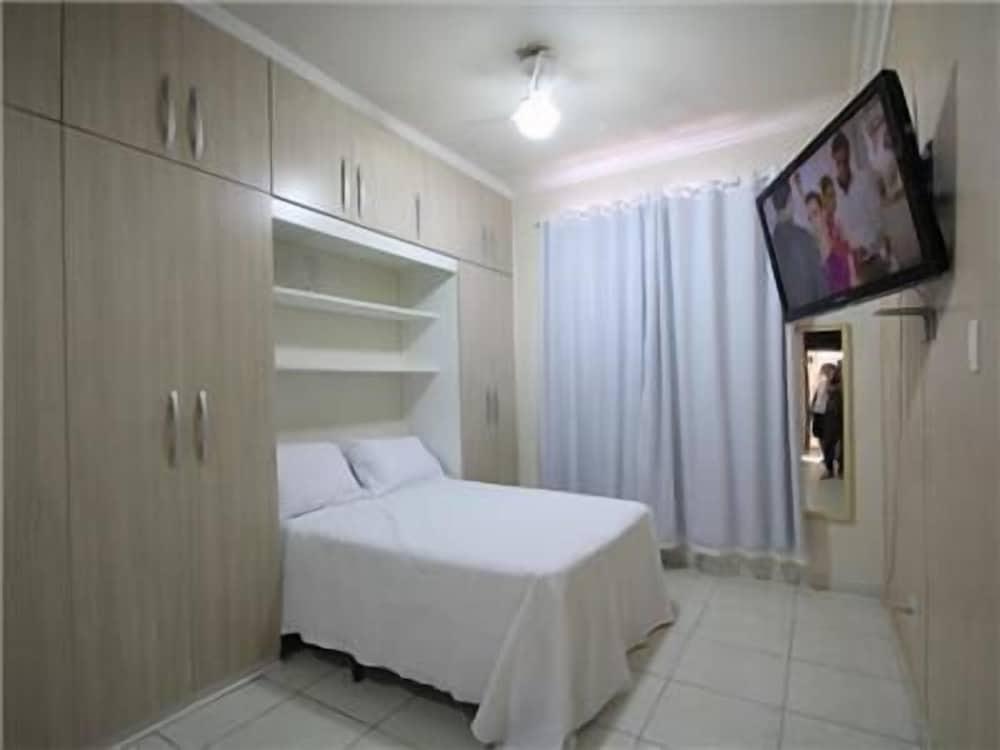 GoHouse Dutra 804