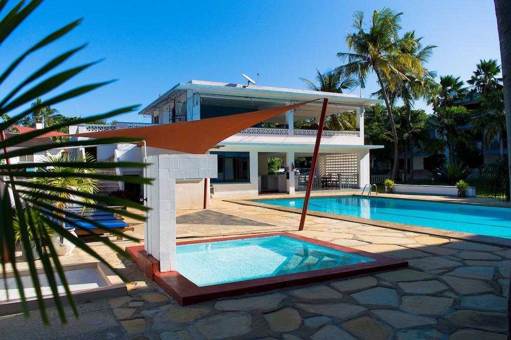 Paradise Resort Apartments