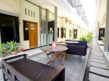 蘇布羅托加托西 339 號尼達飯店 - 茵妲旅居飯店