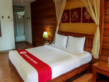 Photo for NIDA Rooms Sainamyen Paradise Patong in Patong