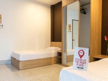 基勒 83 號湄林浪漫尼達飯店