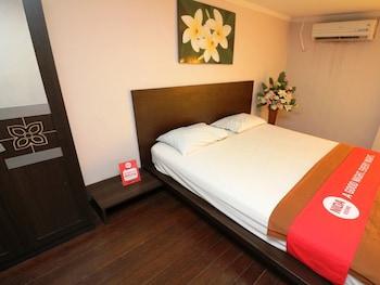 圖卡德耶阿亞尼達飯店 - 格利亞 18 飯店