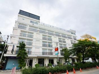 綠松藍芭東尼達飯店