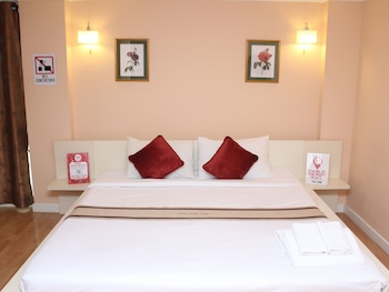 Photo for NIDA Rooms Old Town 21 Sripoom in Chiang Mai