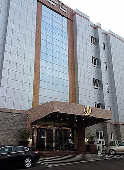 Newton Park Hotels Resort Annex in Abuja