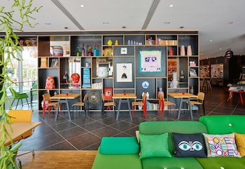CitizenM Paris la Défense