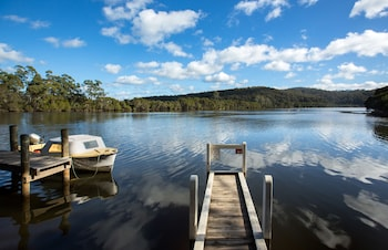 Photo for Gipsy Point Lodge in Gipsy Point, Victoria