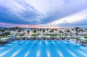 Vinpearl Resort & Spa Long Beach Nha Trang in Cam Lam