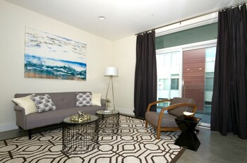 Chic 1BR in Pasadena by Sonder