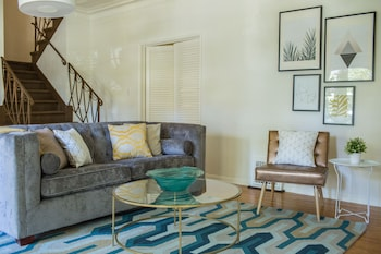 Charming 3BR in Beverly Hills by Sonder in Los Angeles, California