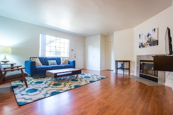 Smart 2BR in Hillcrest by Sonder