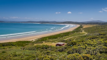 Photo for Cloudy Bay Cabin in South Bruny, Tasmania