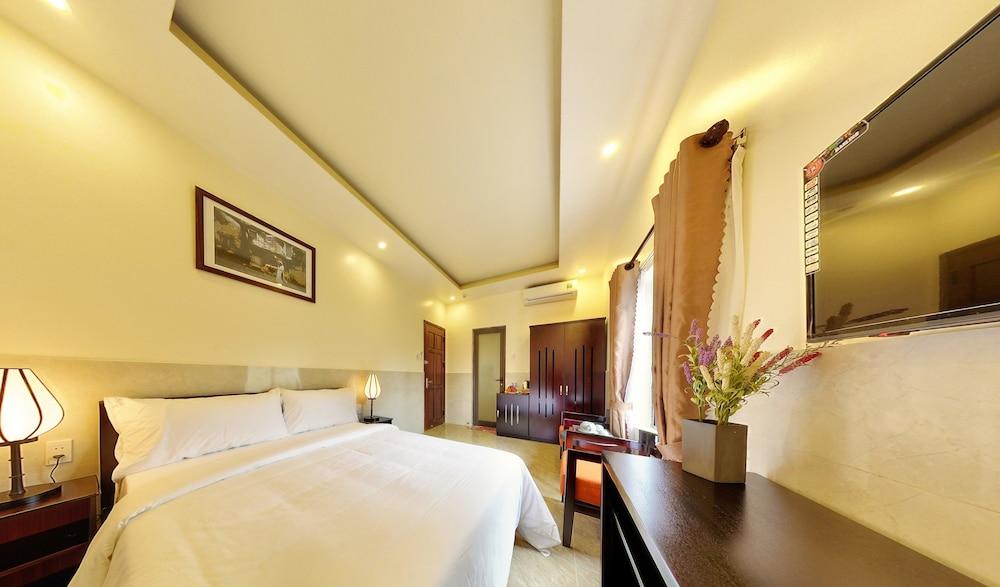 Hoi An Ivy Hotel