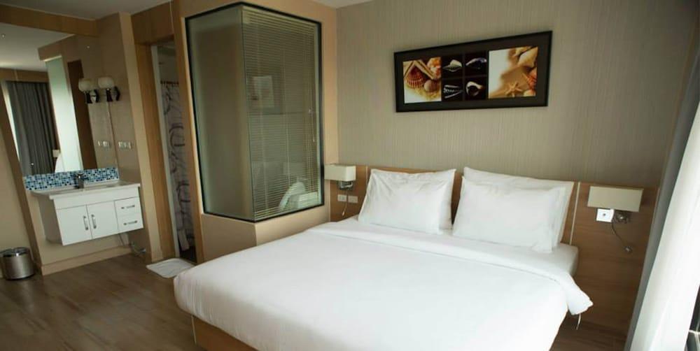 Coco Beach Resort Bangsaen