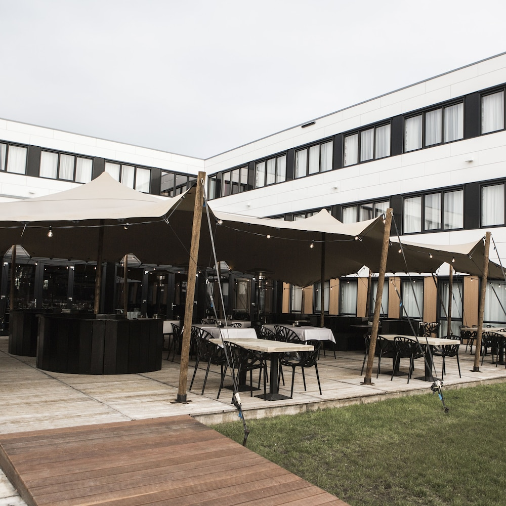 Hotels Near Amsterdam Airport Schiphol: Book Hotels Near Amsterdam Airport  Schiphol @ 25% OFF
