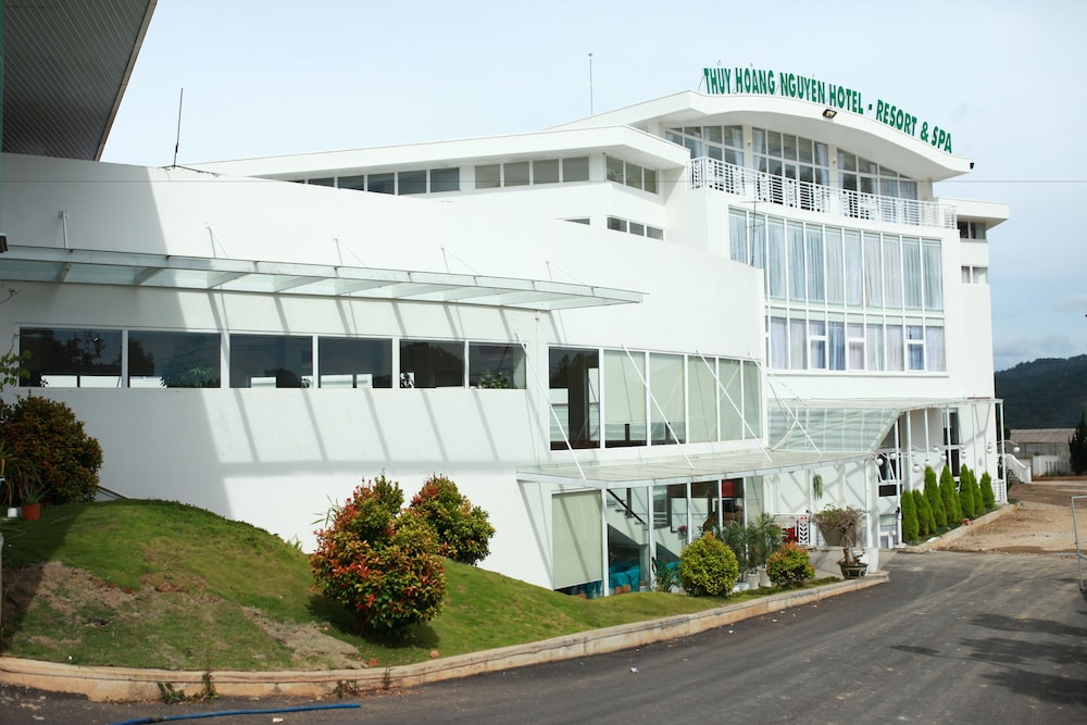 Thuy Hoang Nguyen Hotel Resort & Spa