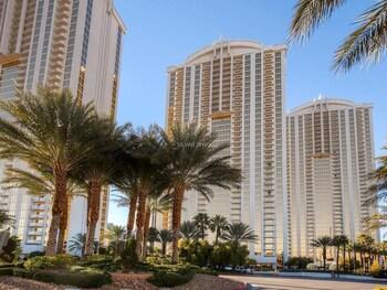 Fallon Luxury Rentals at The Signature in Las Vegas, Nevada