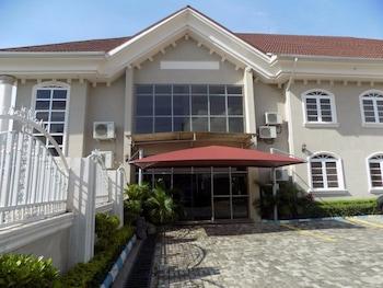 Numero Uno Hotel Limited in Abuja