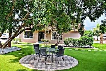 Cosy Palms Guest House in Gaborone