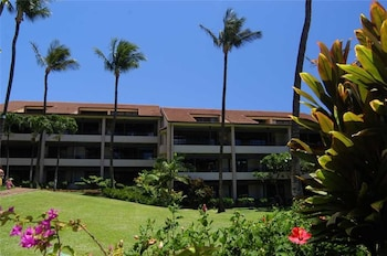 Photo for Kaanapali Royal Q302 by RedAwning in Lahaina, Hawaii