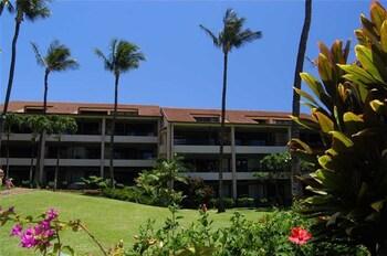 Kaanapali Royal Q302 by RedAwning in Lahaina, Hawaii