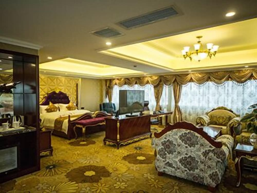Yijia Chain Hotel Chunxi Road Branch